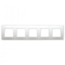 Legrand NILOE Ramka pięciokrotna biała 665005