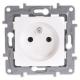 Legrand NILOE Gniazdo pojedyncze z uziemieniem 2P+Z białe 764540