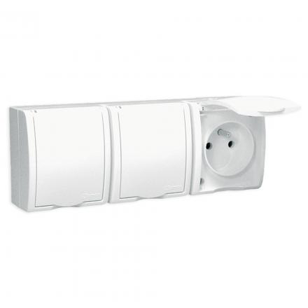 SIMON AQUARIUS Gniazdo potrójne z klapką natynkowe hermetyczne IP54 białe AQGZ1-3/11