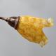 [OUTLET] KOMBIT Lampa wisząca 4x40W E14 stylizowana na drewno klosz bursztynowy CZ246b